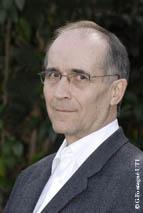 Claude Crampes